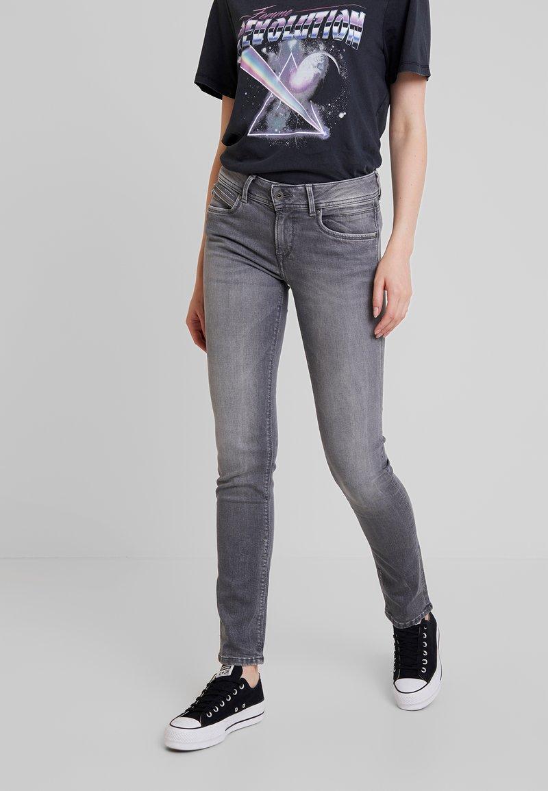 Pepe Jeans - KATHA - Džíny Slim Fit - grey