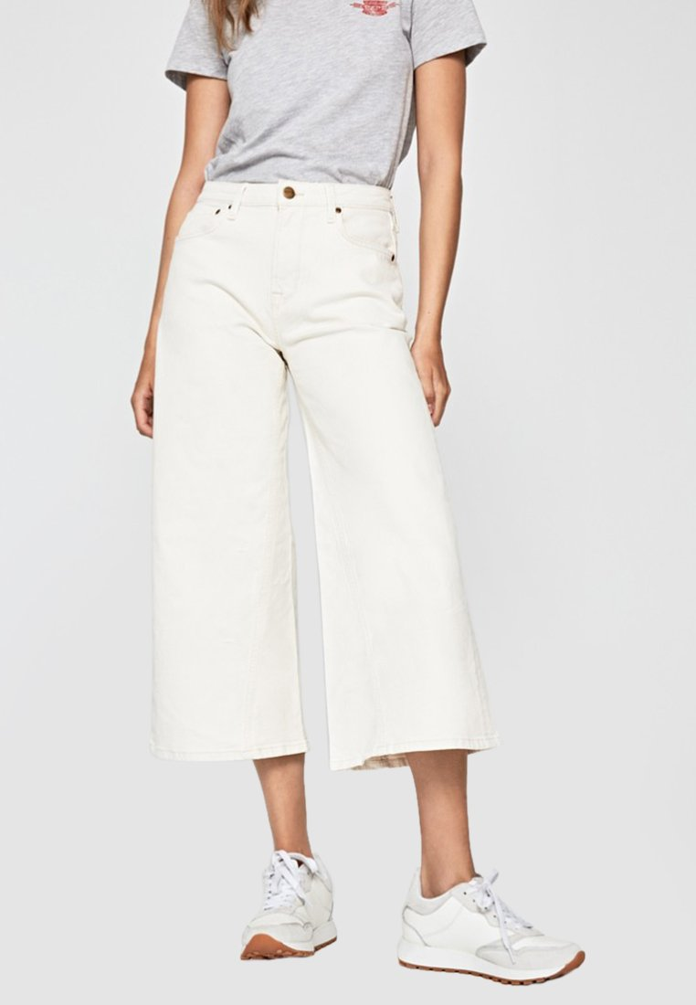 Pepe Jeans - HAILEY  - Flared Jeans - white