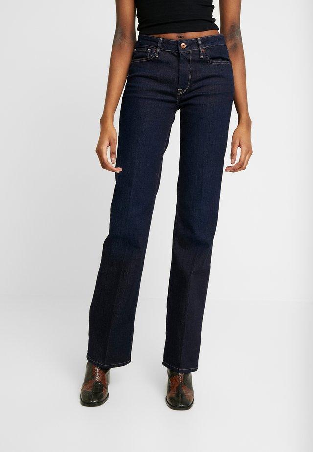 AUBREY - Straight leg jeans - rinsed denim