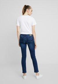 Pepe Jeans - NEW BROOKE - Džíny Slim Fit - denim - 2