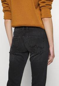 Pepe Jeans - HOLLY - Straight leg jeans - denim - 5