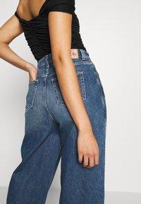 Pepe Jeans - DUA LIPA x PEPE JEANS - Široké džíny - dark blue denim - 3