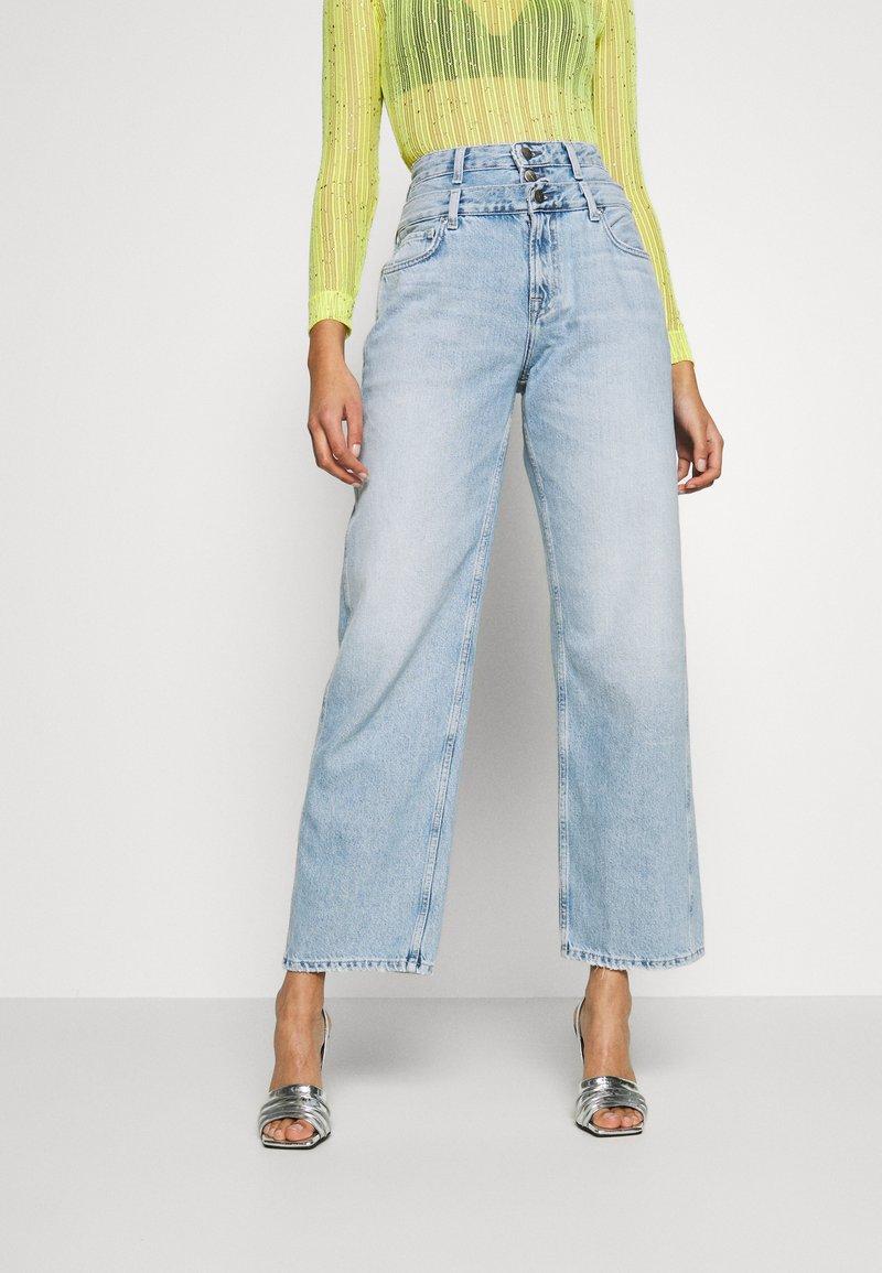 Pepe Jeans - DUA LIPA x PEPE JEANS - Široké džíny - light-blue denim