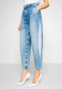 Pepe Jeans - AURORA PAINT - Jeansy Relaxed Fit - blue denim - 3