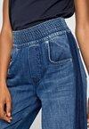 Pepe Jeans - MARIE - Flared Jeans - blue denim