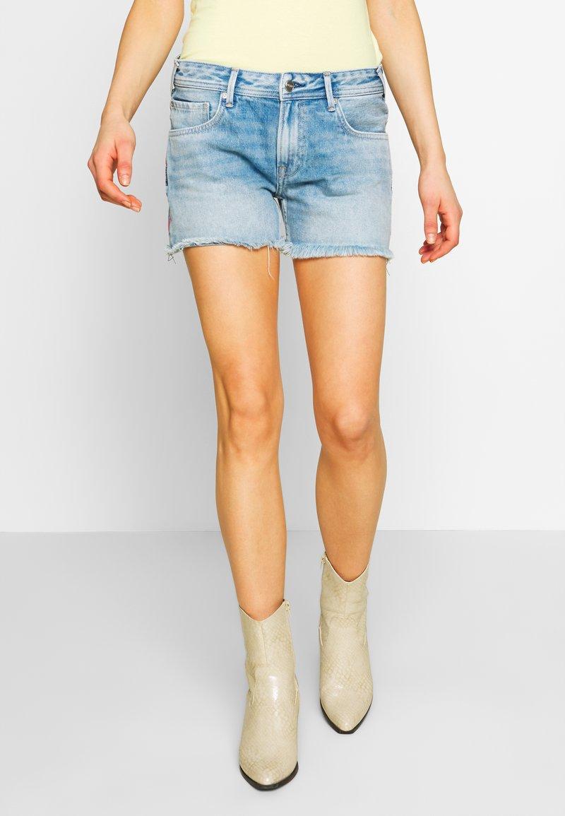 Pepe Jeans - THRASHER RAINBOW - Denim shorts - denim