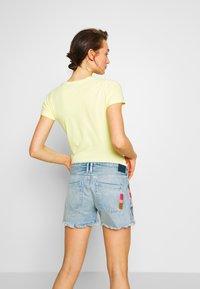 Pepe Jeans - THRASHER RAINBOW - Denim shorts - denim - 2
