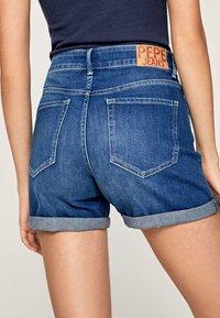 Pepe Jeans - Shorts di jeans - denim - 4