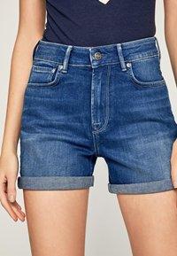 Pepe Jeans - Shorts di jeans - denim - 3