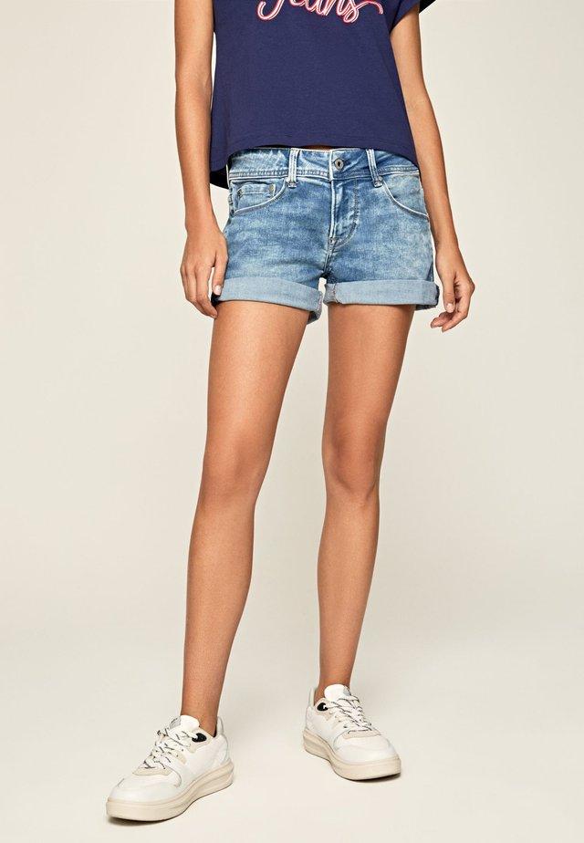 SIOUXIE - Short en jean - denim