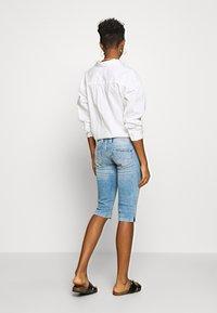 Pepe Jeans - VENUS CROP - Short en jean - denim - 2