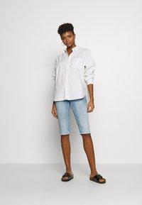 Pepe Jeans - VENUS CROP - Short en jean - denim - 1
