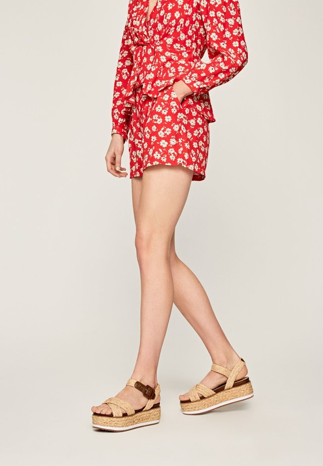 LIBERTY - Shorts - red