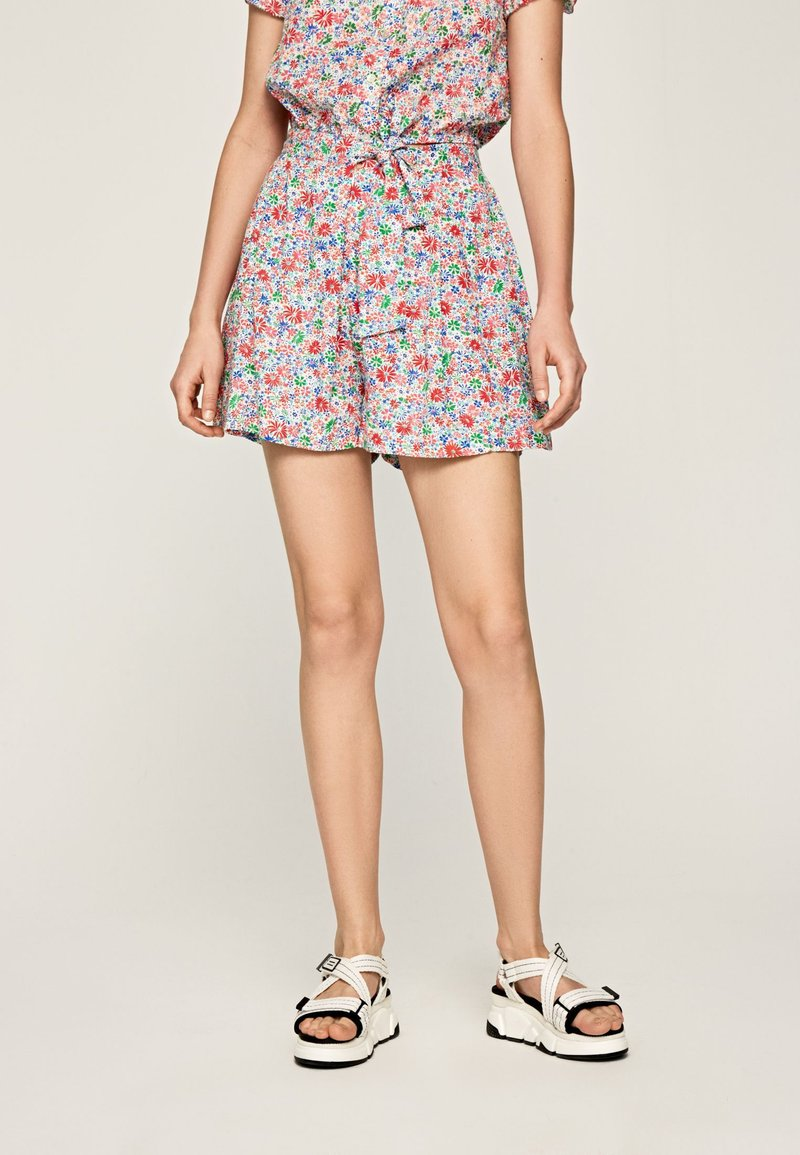 Pepe Jeans - PAULINA - Shorts - red