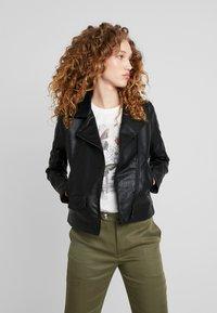 Pepe Jeans - POSSEY - Imitatieleren jas - black - 0