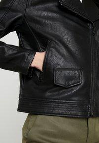 Pepe Jeans - POSSEY - Imitatieleren jas - black - 5