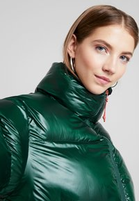Pepe Jeans - CLAIRE - Winterjacke - forest green - 3