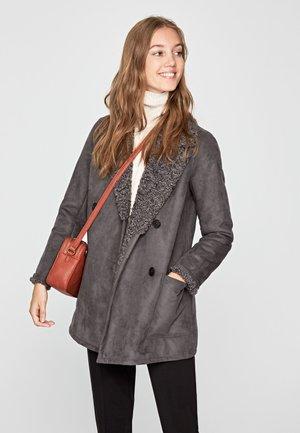 PATRICIA - Short coat - grey