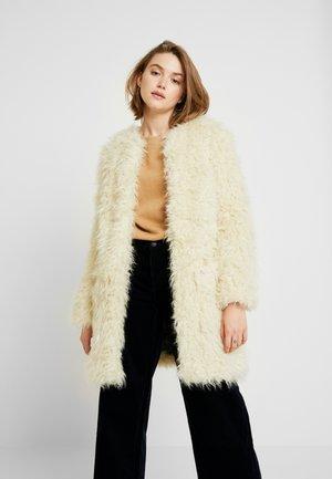 LISA - Veste d'hiver - mousse