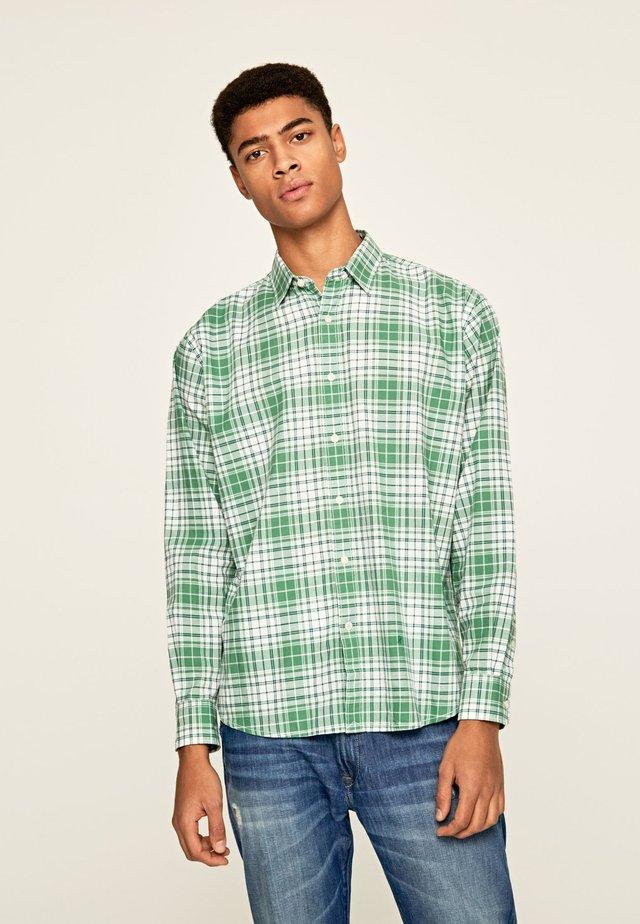 DALTONE - Overhemd - pinegrün