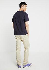 Pepe Jeans - SLOANE - Pantalones chinos - beige - 2
