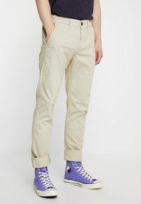 Pepe Jeans - SLOANE - Pantalones chinos - beige - 0