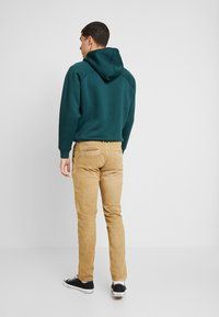 Pepe Jeans - JAMES - Jean slim - malt