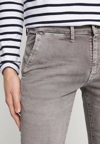 Pepe Jeans - JAMES - Jeansy Slim Fit - grey - 3