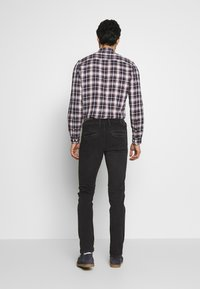 Pepe Jeans - JAMES - Jeansy Slim Fit - charcoal - 2