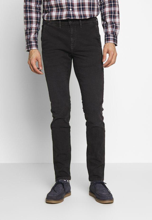 JAMES - Slim fit jeans - charcoal
