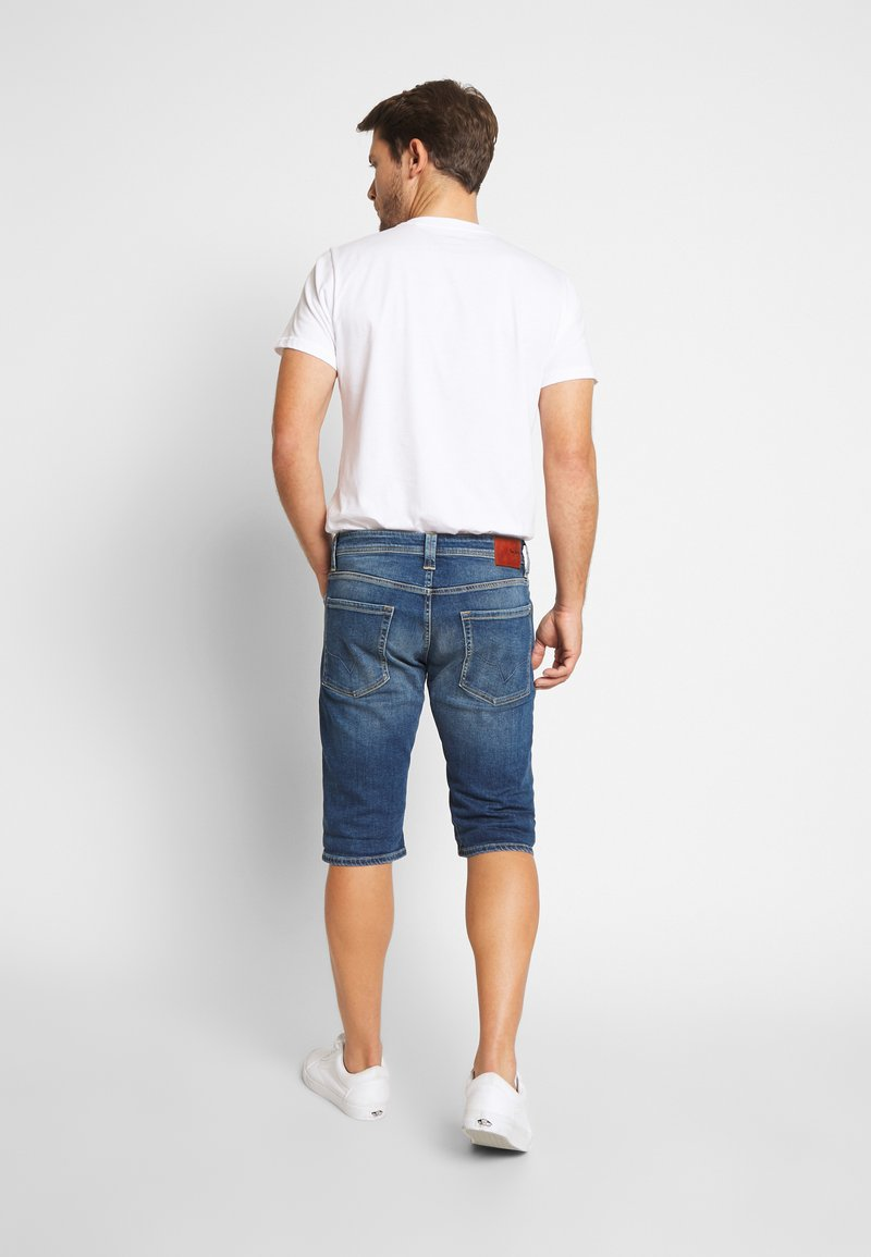 Pepe Jeans - CASH SHORT - Szorty jeansowe - dark-blue denim