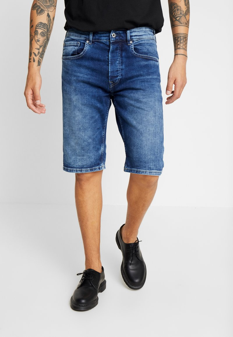 Pepe Jeans - CALLEN - Denim shorts - archive dark used