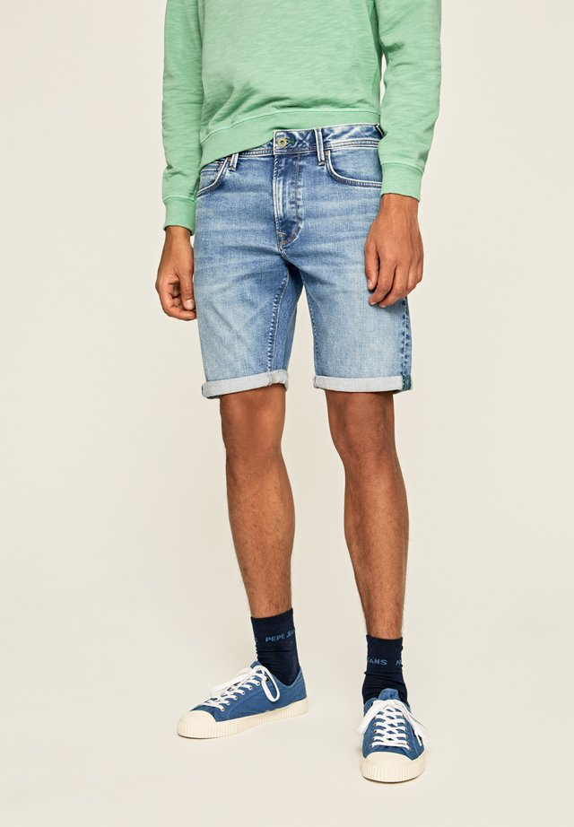 STANLEY - Jeans Shorts - blue