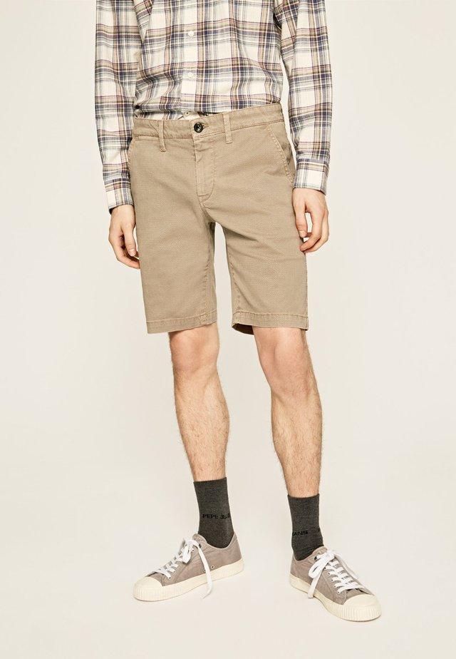 CHARLY SHORT MINIMAL - Shorts - khaki braun