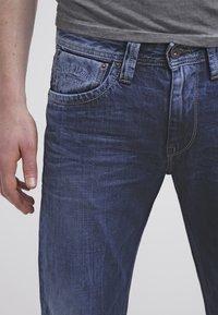 Pepe Jeans - KINGSTON - Džíny Straight Fit - W53 - 4