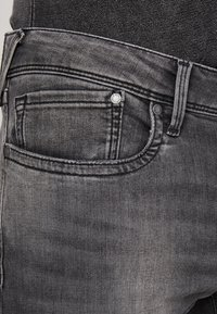 Pepe Jeans - HATCH - Jeansy Slim Fit - powerflex - 5