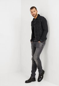 Pepe Jeans - HATCH - Jeansy Slim Fit - powerflex - 1