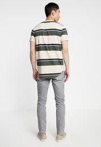Pepe Jeans - FINSBURY - Jeans Skinny Fit - grey wiser wash - 2