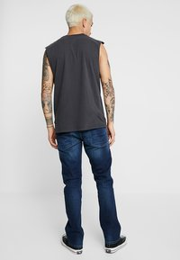 Pepe Jeans - KINGSTON  - Straight leg -farkut - dark-blue denim - 2