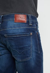 Pepe Jeans - KINGSTON  - Straight leg -farkut - dark-blue denim - 5