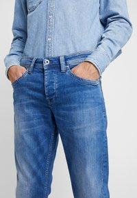 Pepe Jeans - CASH - Džíny Straight Fit - blue denim - 4