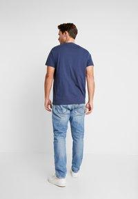 Pepe Jeans - CALLEN CROP - Jean boyfriend - wiser wash destroy med used - 2