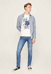Pepe Jeans - HATCH - Jeansy Slim Fit - blue denim - 1