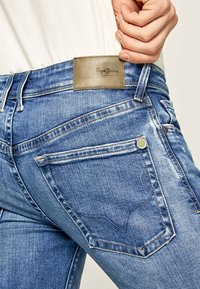 Pepe Jeans - HATCH - Jeansy Slim Fit - blue denim - 4