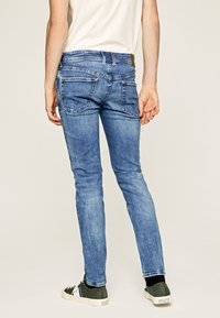Pepe Jeans - HATCH - Jeansy Slim Fit - blue denim - 2