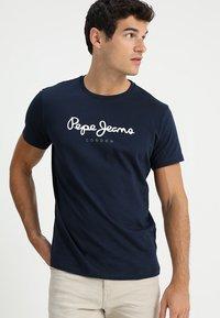 Pepe Jeans - EGGO - T-shirt z nadrukiem - 595 - 0