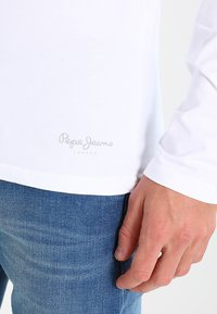 Pepe Jeans - ORIGINAL BASIC - Long sleeved top - white - 4