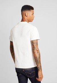 Pepe Jeans - RUSSEL - T-shirt z nadrukiem - off white - 2