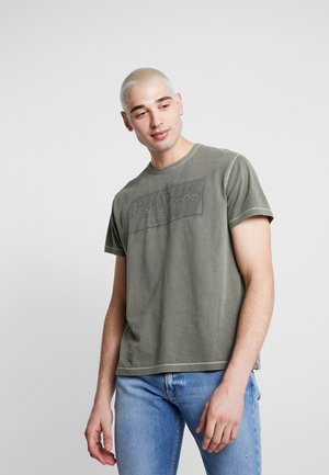 BILLY - T-shirts print - army