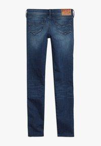 Pepe Jeans - PIXLETTE RACER DESTROY - Skinny džíny - dark dual force denim - 1